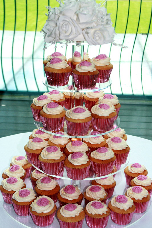 wedding cakes and cupcakes sydney decorated cupcakes wedding cupcakes birthday cupcakes 23792
